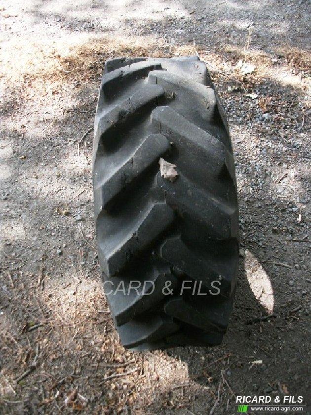 pneu agricole taurus taurus vendre sur ricard. Black Bedroom Furniture Sets. Home Design Ideas