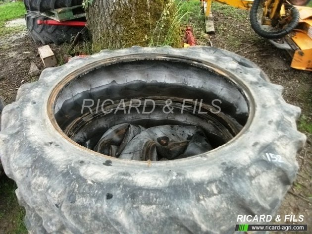 pneu tracteur occasion 13.6 r38